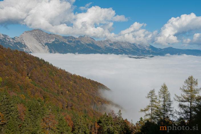 Razgled proti Košuti z Lešanske planine